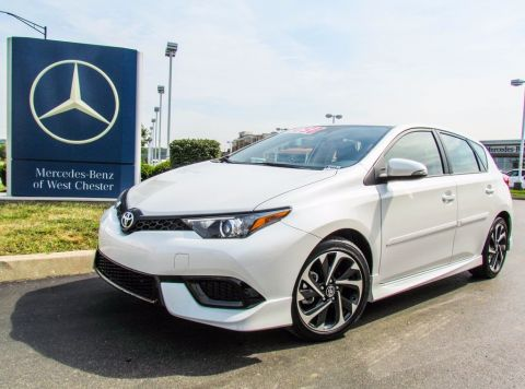 Pre-Owned 2017 Toyota Corolla iM 5-Door Hatchback