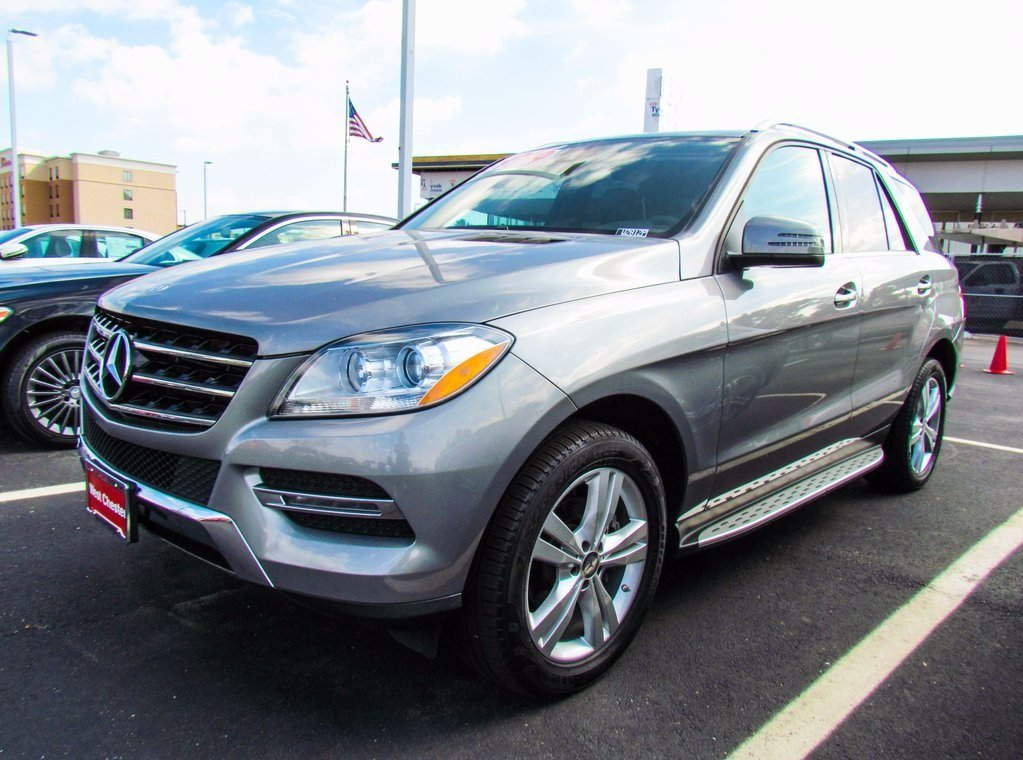 Stock w2812p certified pre owned 2014 mercedes benz m for Pre owned mercedes benz suv