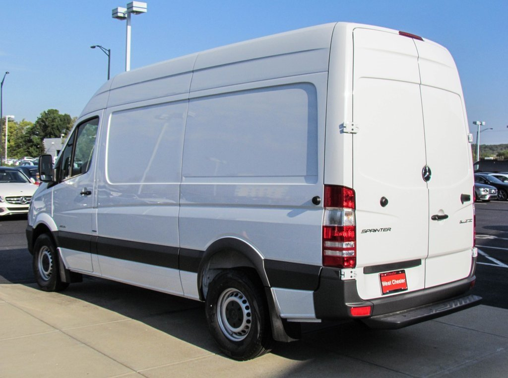 2017 mercedes benz sprinter 2500 cargo kelley blue book for Mercedes benz blue book