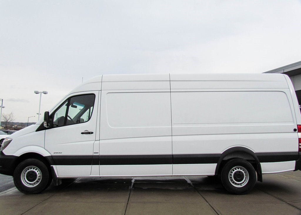 Stock v16151 new 2016 mercedes benz sprinter 2500 cargo for New mercedes benz sprinter