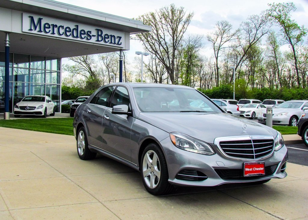 Stock x2576p certified pre owned 2014 mercedes benz e for Mercedes benz e350 luxury sedan 2014